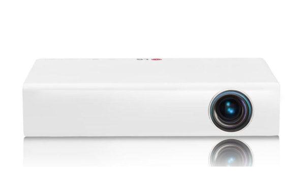 Žepni_projektor_LG_PB60G_DLP_LED_1