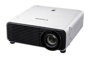 Profesionalni_projektor_Canon_XEED_WUX450_LCOS_0