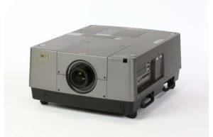 Profesionalni_projektor_EIKI_LC-HDT2000_LCD_0