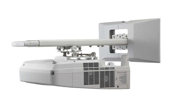 Projektor_za_kratke_razdalje_NEC_UM330X_LCD_9