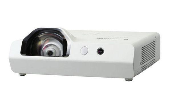 Projektor_za_kratke_razdalje_Panasonic_PT-TW341RE_LCD_2