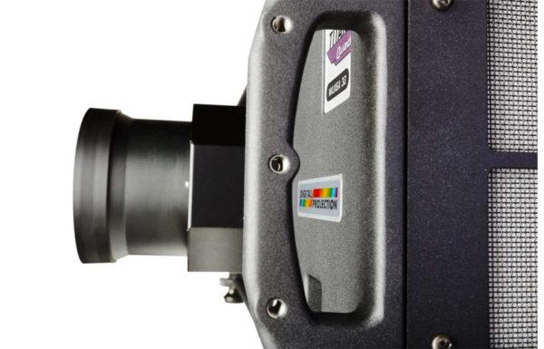 Digital_Projection_TITAN_930_1080p_3D_DLP_8