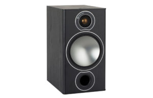 Monitor_Audio_Bronze_2_Black_Oak_Vinyl_00