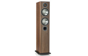 Monitor_Audio_Bronze_5_Walnut_Vinyl_00