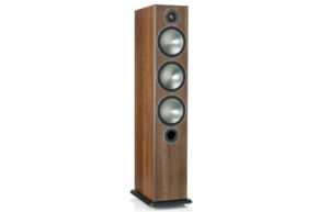 Monitor_Audio_Bronze_6_Walnut_Vinyl_00