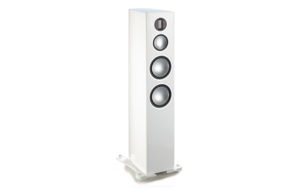 Monitor_Audio_Gold_300_White_Laquer_00