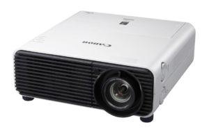 Profesionalni_projektor_Canon_XEED_WUX500_LCOS_0
