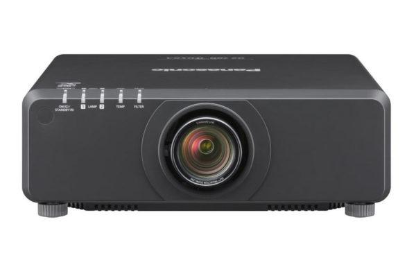 Profesionalni_projektor_Panasonic_PT-DX820BE_DLP_1