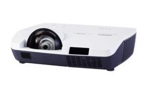Projektor_za_kratke_razdalje_EIKI_LC-WAU200_LCD_0