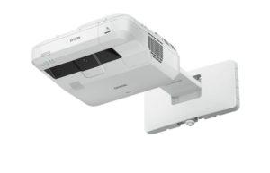 Projektor_za_kratke_razdalje_Epson_EB-700U_LCD_Laser_0