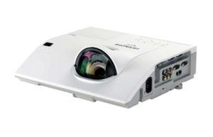 Projektor_za_kratke_razdalje_Hitachi_CP-CW301WN_LCD_0