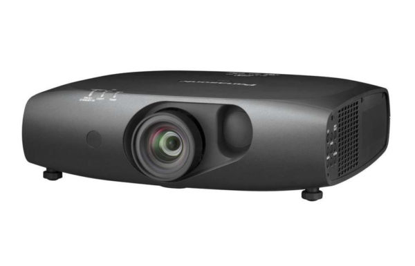Projektor_za_kratke_razdalje_Panasonic_PT-RZ475E_DLP_0