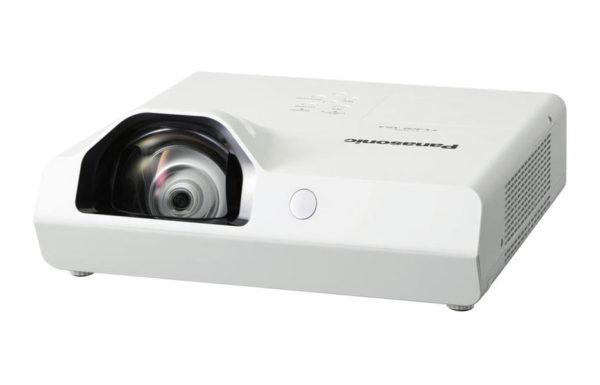 Projektor_za_kratke_razdalje_Panasonic_PT-TX320E_LCD_2