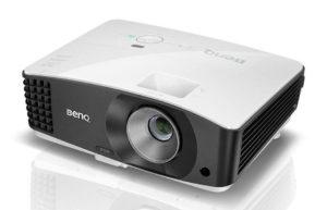 Večnamenski_projektor_BenQ_MX704_DLP_0
