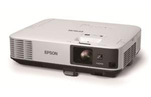 Večnamenski_projektor_Epson_EB-2055_LCD_0