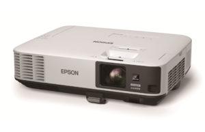 Večnamenski_projektor_Epson_EB-2140W_LCD_0