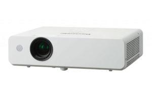 Večnamenski_projektor_Panasonic_PT-LB300A_LCD_0