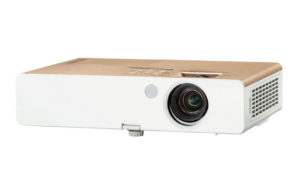 Večnamenski_projektor_Panasonic_PT-SW280A_LCD_0