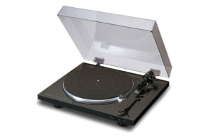Denon_DP-300F_gramofon_0